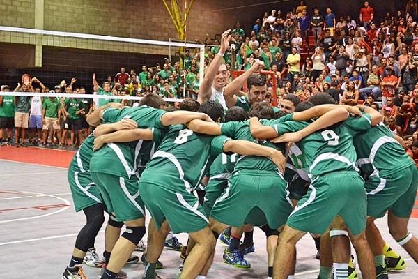 Equipo de voleibol del RUM, Tarzanes.