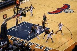 Presentamos este resumen del fin de semana pasado en la NBA y el BSN, donde los Hawks de Atlanta extendieron su racha de victorias a 16 juegos y la liga de baloncesto de Puerto Rico se prepara para iniciar la temporada 2015. (Suministada-Flickr Commons)