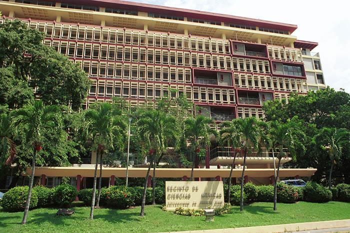 Recinto de Ciencias  Médicas/sept. 2002/foto por R. Alcaraz