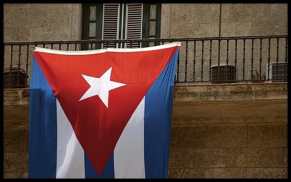 Esta columna de opinión destaca lo que significa el restablecimiento de las relaciones diplomáticas entre Cuba y los Estados Unidos, y el camino que aún falta recorrer. (Foto por Matt Smith / Flickr Commons)