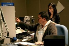 Radio Universidad cuenta con una diversa programación musical, contenidos culturales e informaciones periodísticas.