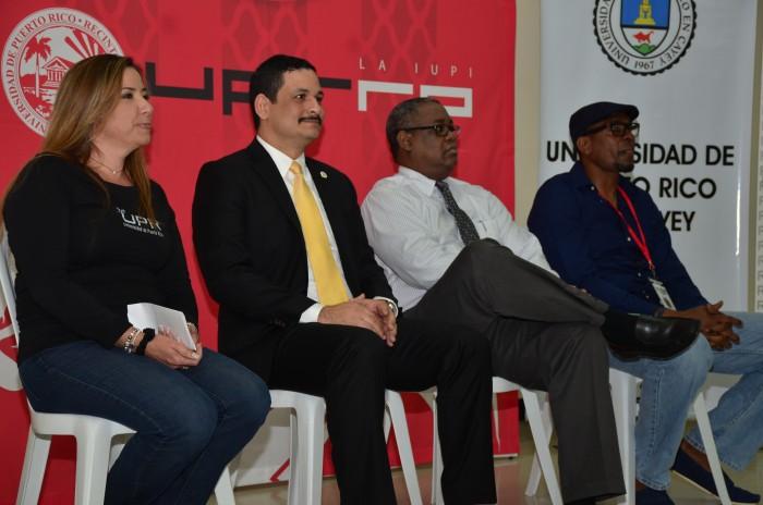 Conferencia de prensa Justas UPR. De izquierda a derecha: Margarita Villamil, Uroyoán R. Walker, Carlos Severino, Elmer Williams (David Pérez)