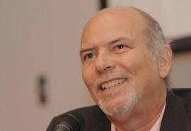 Edgardo Rodríguez Juliá (Ricardo Alcaraz/ Diálogo)
