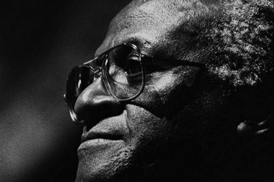 Desmond Tutu, 1990. (Ricardo Alcaraz / Diálogo)