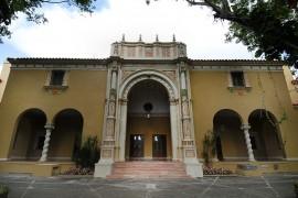 El Teatro de la UPR fue inaugurado en 1939, siendo los actos de graduación de aquel año el primer evento en llevarse a cabo en el magno escenario. (Ricardo Alcaraz / Diálogo)