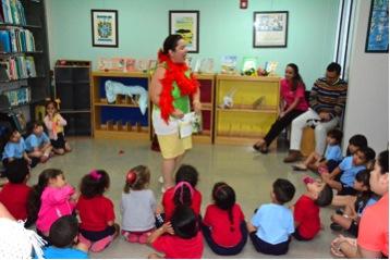 UPR Bayamón lleva a cabo una lectura para niños. (Suministrda)