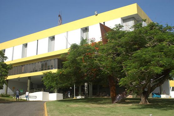 UPR Arecibo.
