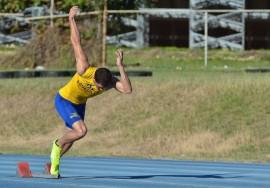 Agustín Tavárez, atleta de UPR Aguadilla