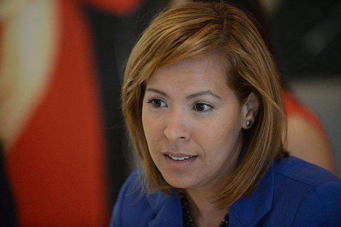 Karla González, profesora de la UPR Carolina. (Ricardo Alcaraz/ Diálogo)