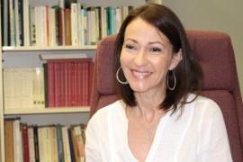 Conversamos con la profesora Lourdes Lugo-Ortiz  sobre su más reciente libro, El espectáculo de lo real: noticia, actantes y (tele)periodismo en el siglo XXI. (Glorimar Velázquez – Diálogo)