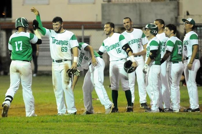 La novena colegial pasó a la final del softbol al eliminar a los Cocodrilos de la UMet. (Archivo LAI)