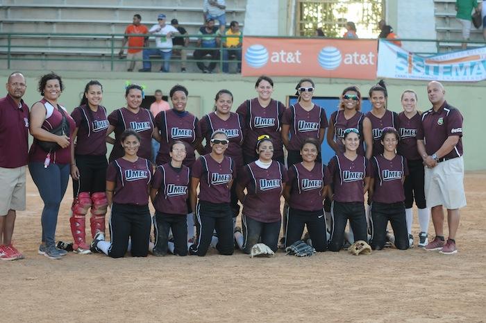 Las Cocodrilas de la UMET ganaron el softbol. (Luis F. Minguela LAI)