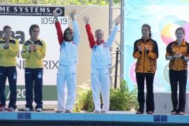 Luisa Jiménez y Jennifer Fernández lograron el bronce en el evento de plataforma tres metros sincronizado. (Adriana De Jesús Salamán / Diálogo)