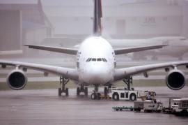 Para algunos, trabajar en la aviación representa una oportunidad para conocer lugares distintos. Para otros significa vivir en soledad. (Suministrada)