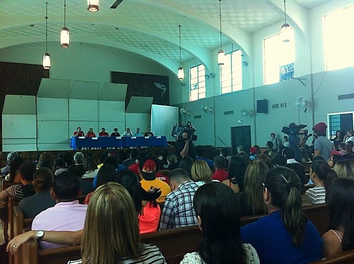 Cerca de 800 asisten a Asamblea Multisectorial en UPR-Aguadilla. (Suministrada)