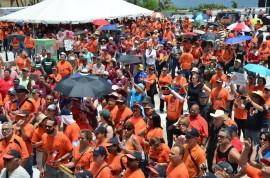 Empleados de las distintas dependencias de la Universidad de Puerto Rico se manifestaron en defensa de su Sistema de Retiro. (David D. Pérez Aponte / Diálogo)