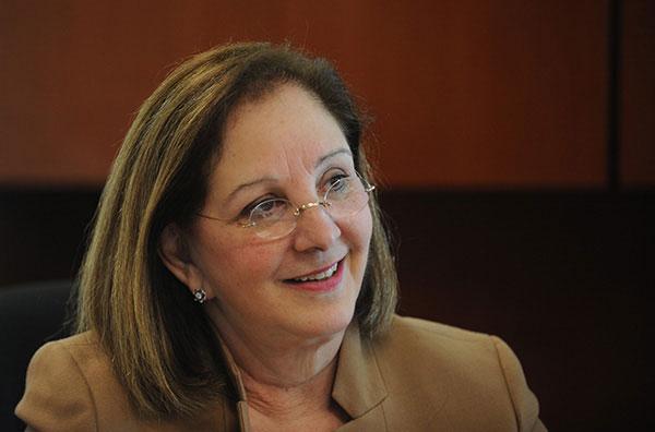 """""""Nuestro mensaje es que el trabajo de la Universidad no se puede detener ni un día. Esto es lo que sucederá si se reduce el presupuesto del sistema UPR"""", rectora UPRB Margarita Fernández Zavala. (Ricardo Alcaraz/ Diálogo)"""