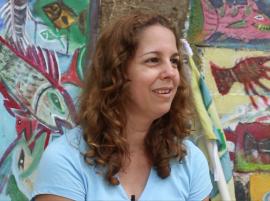 """""""Culebra no es playa nada más. Tiene su historia"""", aseguró la joven historiadora, quien se siente muy orgullosa de haberse criado en la isla muncipio. (Adriana De Jesús Salamán / dialogo-test.upr.edu)"""