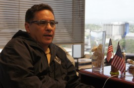 El director de la Comisión en Puerto Rico, William Sánchez, hizo un a llamado a las personas a que denuncien el discrimen en sus lugares de trabajo. (David Cordero Mercado / Diálogo)