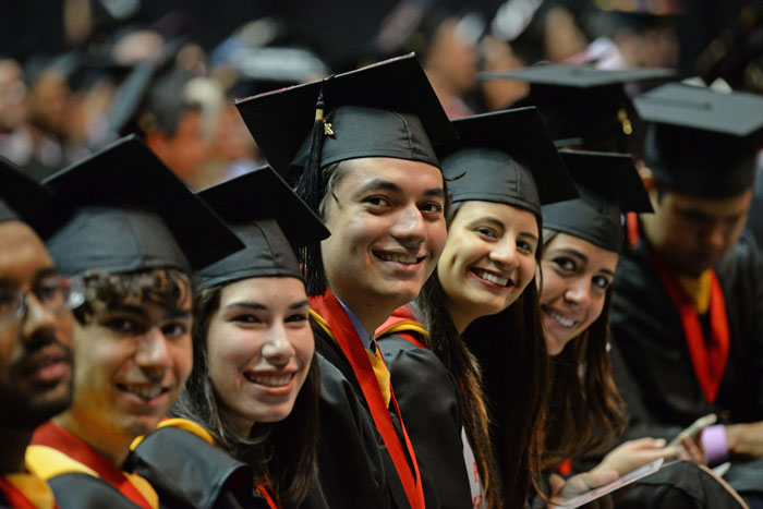 Graduación de la UPRRP 2015. (Ricardo Alcaraz/ Diálogo)