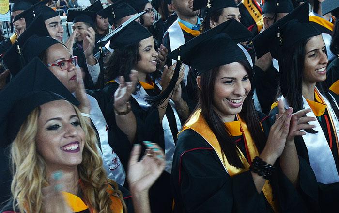 Graduación de la UPR en Ponce. (Ricardo Alcaraz / Diálogo)