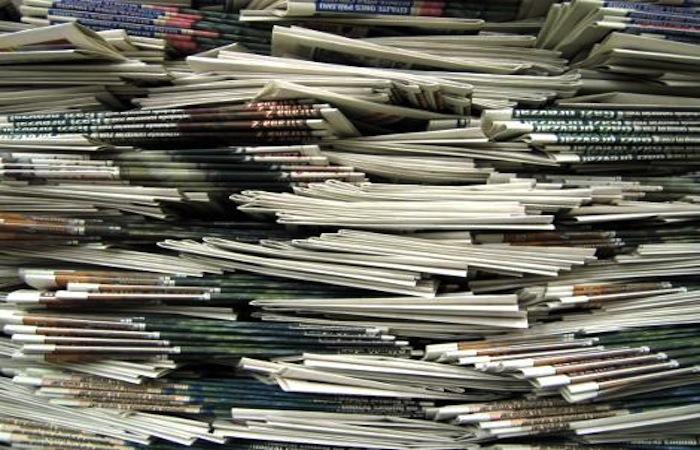 """El capital, como en otras áreas de nuestra vida, esparce su infección. Es común ver como las empresas mediáticas transforman cualquier """"cosa"""" en noticia, crean titulares que no dan crédito a su historia o alejan los reportajes de la sensibilidad humana, todo por un """"click"""" que se traduce en dinero. (Suministrada)"""