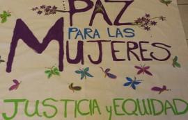 Imagen de una pancarta usada por COMUNA Caribe en una manifestación a favor de la mujer caribeña. (Suministrada)