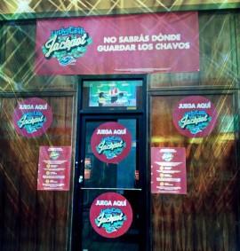Entrada de uno de los casinos que Diálogo visitó.