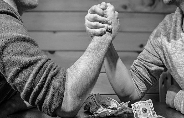 Uno de los clanes, que es el único que actualmente está sentado en la mesa de negociación, es el ad hoc group de la AEE. Lo componen fondos de cobertura como Angelo Gordon & Company, BlueMountain Capital, D.E. Shaw Galvanic Portfolios, Knighthead Capital, Marathon Asset Management y el fondo mutuo Franklin.  (Suministrada)