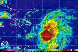 La tormenta tropical Erika en su paso hacia Puerto Rico. ( http://www.nhc.noaa.gov/)