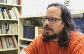 """Vicente """"Chente"""" Ydrach lleva siete años ofreciendo contenido cómico a través de diversos medios en Internet. (Glorimar Velázquez/Diálogo)"""
