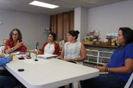 De izquierda a derecha, la directora ejecutiva del INE Ana María García, la asistente de la directora ejecutiva Suzette Quirós, la administradora del INE Jennyffer Otero y la directora del programa académico Anabel Martínez. (Glorimar Velázquez/Diálogo)