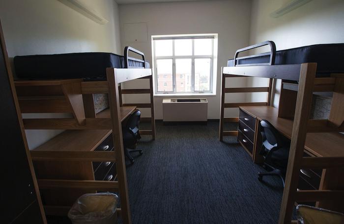 Entre otras cosas, el propietario del hospedaje debería mantener el alojamiento lo más limpio posible tanto en su interior como su exterior a la hora de presentárselo a los estudiantes. (Suministrada)