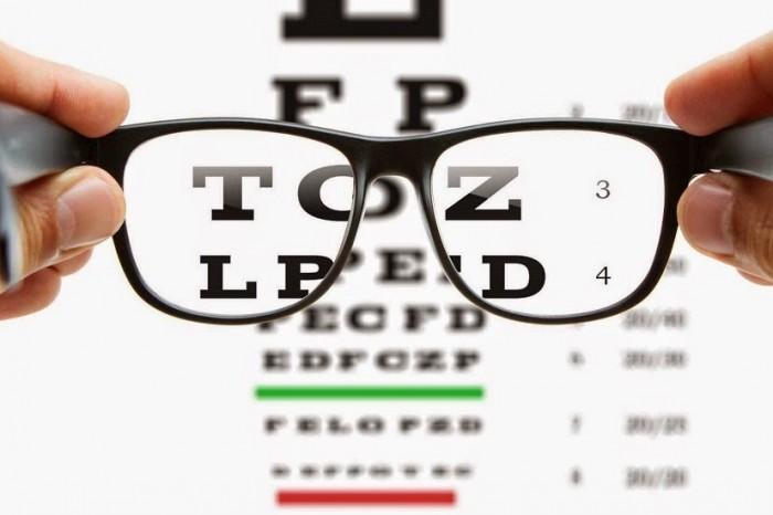 según investigaciones realizadas por la Asociación de Optometría Americana en el 2014, el 55% de los adultos pasan, al menos, 5 horas al día utilizando cualquier aparato electrónico tales como la tableta o la computadora. (Suminisitrada)