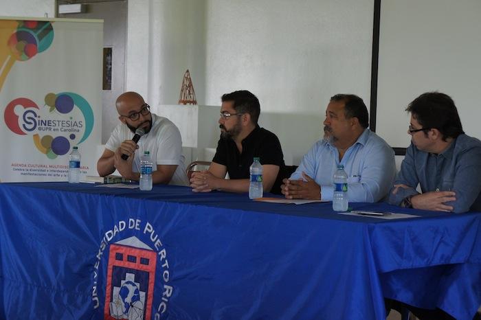 Profesionales del diseño gráfico hablaron con los estudiantes de la UPR Carolina. (Ronald Ávila/ Diálogo)