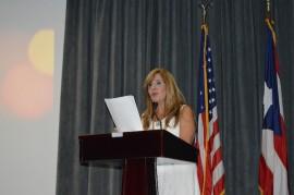La doctora Alicia Menendez destacó la importancia de unir esfuerzos para prevenir el suicidio en Puerto Rico. (Deborah A. Rodríguez / Diálogo UPR)
