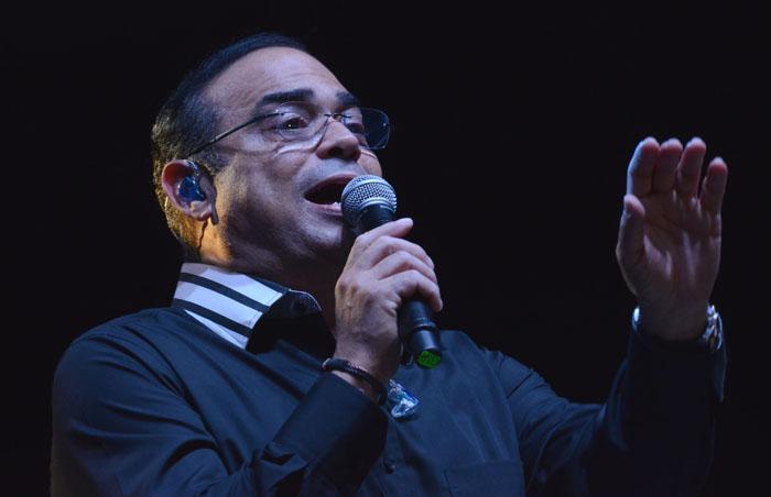 Gilberto Santarosa en el concierto de la UPRRP. (Ricardo Alcaraz/ Diálogo)