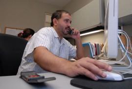 Hermes Ayala de Diálogo, también se ha destacado en medios como El Vocero y el Centro de Periodismo Investigativo. (Ricardo Alcaraz / Diálogo)