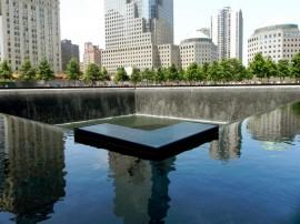Monumento a las víctimas del ataque terrorista al World Trade Center en Nueva York, el 11 de septiembre de 2001. (Cristian Arroyo / Diálogo)