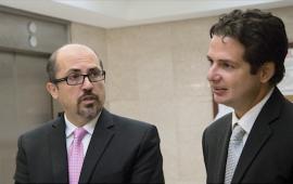 Osvaldo Burgos y Luis José Torres Asencio, abogados representan al Centro de Periodismo Investigativo.