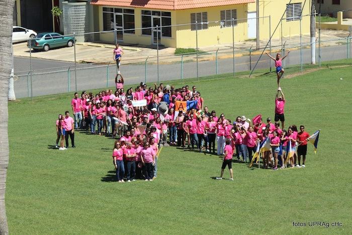 UPR Aguadilla se une a la marcha contra el cáncer de seno. (Suministrada)