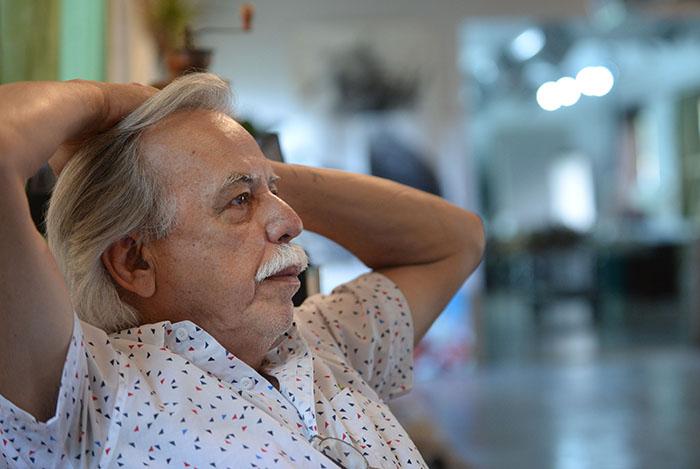 Desde 1969 hasta el 1980, Nelson Sambolín fue diseñador gráfico en el Departamento de Actividades Culturales de la UPR en Río Piedras y fue profesor de diseño gráfico en la Escuela de Comunicación de dicha Universidad. (Ricardo Alcaraz / Diálogo)