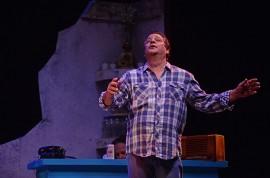 Carlos Esteban Fonseca en el Teatro de la UPR (Ricardo Alcaraz/ Diálogo)