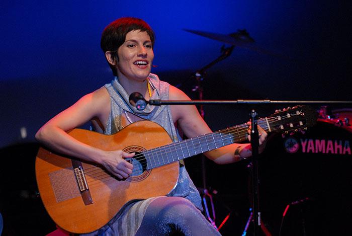 Presentación de Mima en la Sala-Teatro Beckett/febrero 2010. (Ricardo Alcaraz/ Diálogo)