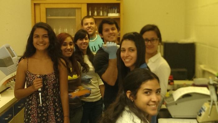 Estudiantes del RUM realizaron las pruebas de secuenciación genética. (Suministrada)