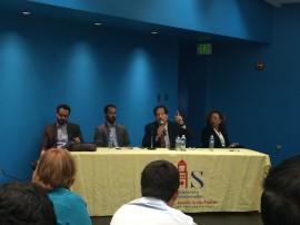 Expertos discuten sobre la medicalización y legalización de los cannabinoides y la marihuana. (Jose Encarnación / Diálogo)