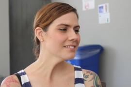 Narely es paciente de artritis reumatoide y activista a favor de hacer legal y accesible la marihuana. También es activista en contra del discrimen contra los empleados tatuados. (Glorimar Velázquez / Diálogo)