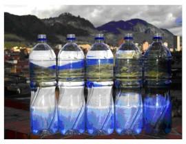 El debate de las botellas de agua en el Recinto de Río Piedras de la UPR. (Suministrada)