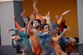 """Árbol humano"", pieza de baile presentada por Andanza"