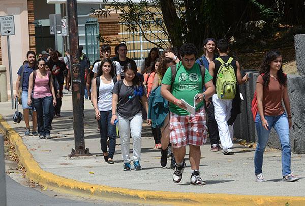 Estudiantes de la UPRRP
